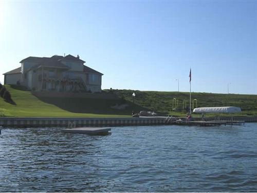 Newport Landing lakefront home